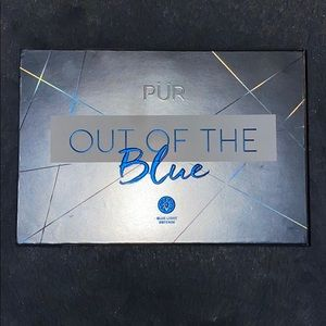 "PUR "" out of the blue"" eyeshadow palette"